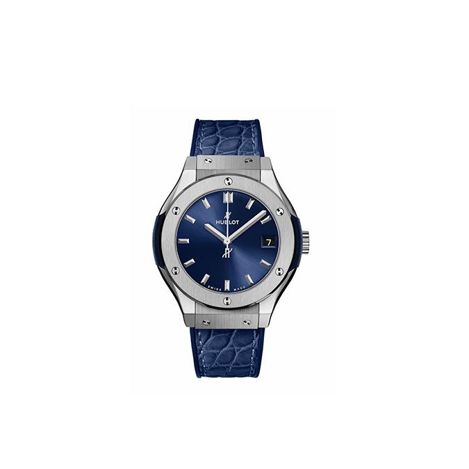 CLASSIC FUSION TITANIUM BLUE 33MM 581.NX.7170.LR
